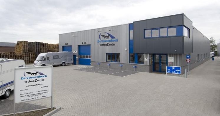 Onderhoud en reparatie, werkplaats Vossenhoek, Technocenter, caravanschade